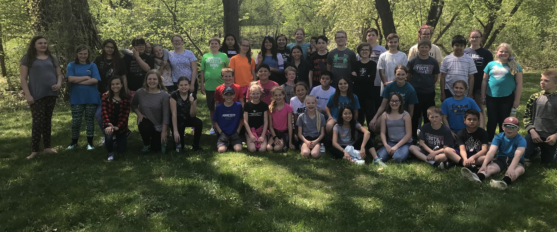 Mrs. Hinz's 6th grade class enjoyed the day water testing at Hawk Creek!