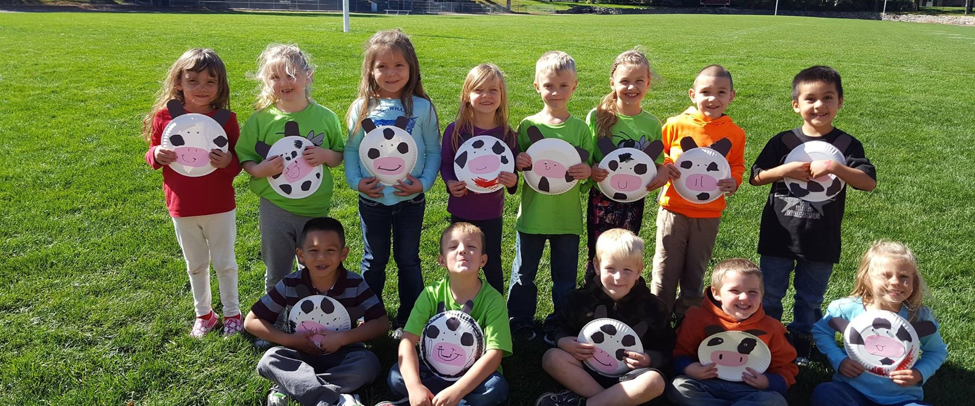 The BRE kindergarten class had a blast at the FFA petting zoo! Check out those cool creations! #MOO
